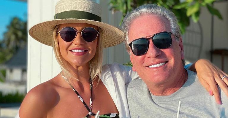 A esposa de Roberto Justus tirou o fôlego de fãs ao registrar vista paradisíaca de seu bangalô