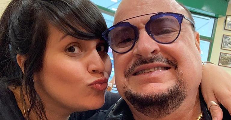 Emocionada, ela mandou um recado nas redes sociais após a morte do cantor; veja