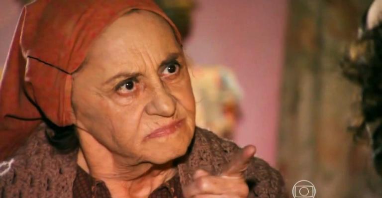 A sertaneja aconselha Maria Adília a contar que Candinho é filho do milionário; confira!