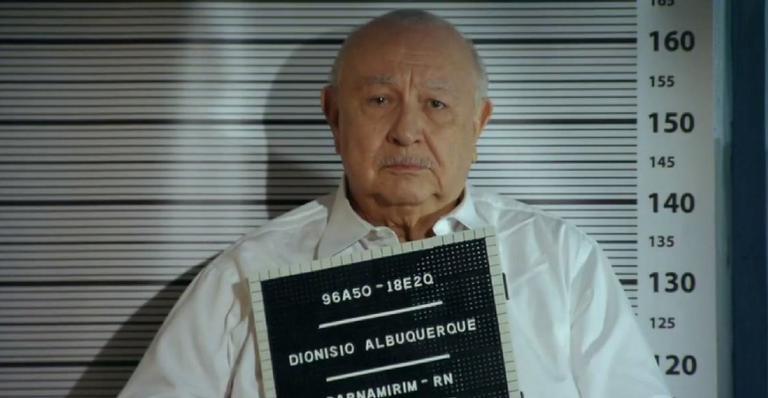 Após Hélio confirmar acusações contra o magnata, ele finalmente irá parar atrás das grades; confira!