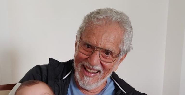 Aos 84 anos, humorista entregou seu quadro de saúde nas redes sociais